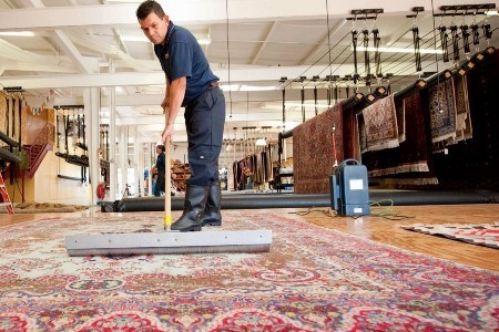 5 TIPS FOR SELECTING A PROFESSIONAL RUG CLEANING COMPANY