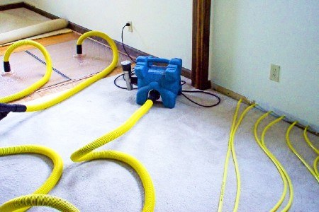 WHY CHOOSE POWERPRO CARPET AND RUG CLEANING SERVICE FOR WATER DAMAGE MITIGATION